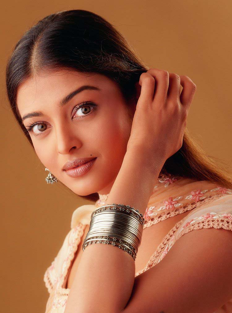 Aishwarya Rai Hot Images: