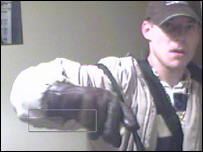 Benjamin Park, serial burglar, caught by webcam - click to enlarge (22 kb).